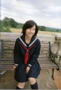 女子中学生1