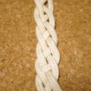 平四つ編み1